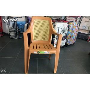 Plastična stolica Elit (bež)